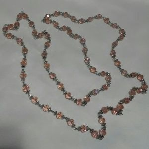 Jewelry - Pretty pink Crystal bead necklace😛